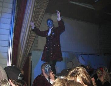 2004 (12)